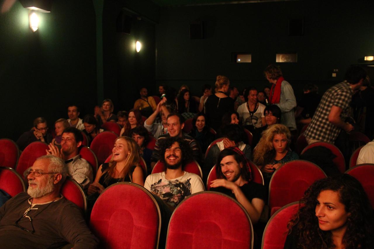 sex im kinosaal vacbed